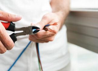 Cechy i umiejętności dobrego elektryka